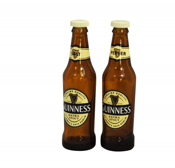 Guinness plastic Salt+ Pepper Shakers